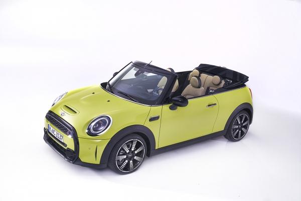 mini-cabriolet-s-2021-14